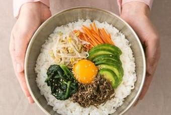 영양학자들이 비빔밥을 최고의 한식으로 꼽는 이유