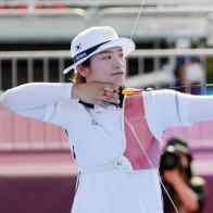 [양궁] '남녀 에이스' 양궁 김우진·강채영, 개인전 나란히 16강