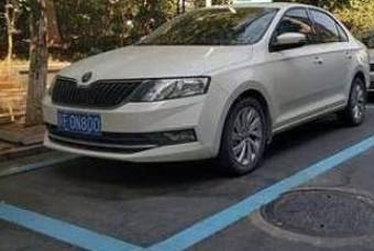 靑·黃? 중국에서 주차선 색깔 모르면 낭패