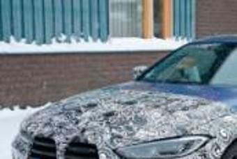 소프트탑 적용된 BMW 신형 M4 컨버터블 스파이샷