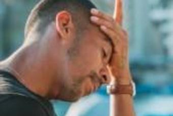 갑자기 일어날 때 심한 어지럼증 '기립성저혈압'....두통-현기증 등 호소