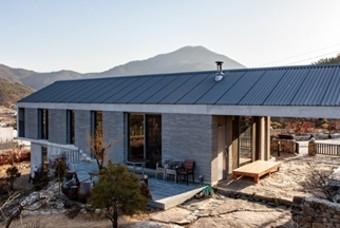 대나무로 외벽을 두른 전원주택 '멋진 할아버지 집'