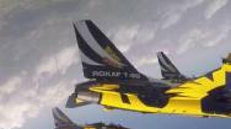 창공을 수놓은 공군 특수비행팀 '블랙이글스'의 멋진 에어쇼 영상!  조종석에서 본 에어쇼