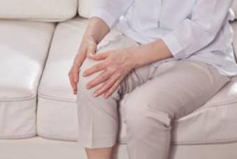 일상에서 무릎을 망치는 4가지 나쁜 습관