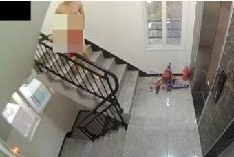 빌라 계단서 알몸 음란행위…CCTV에 딱 걸린 그놈