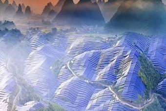 '태양광 산'? 최근 中 농촌 뒤덮고 있는 이것