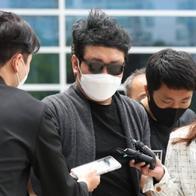 국선변호인마저 포기한 '경비원 갑질' A씨…재판 속개 불가?