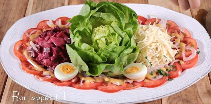 푸짐한 프렌치 비트&콜라비 샐러드