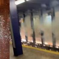 지하철 선로에 버려진 자전거 때문에 화재 발생...처벌은?